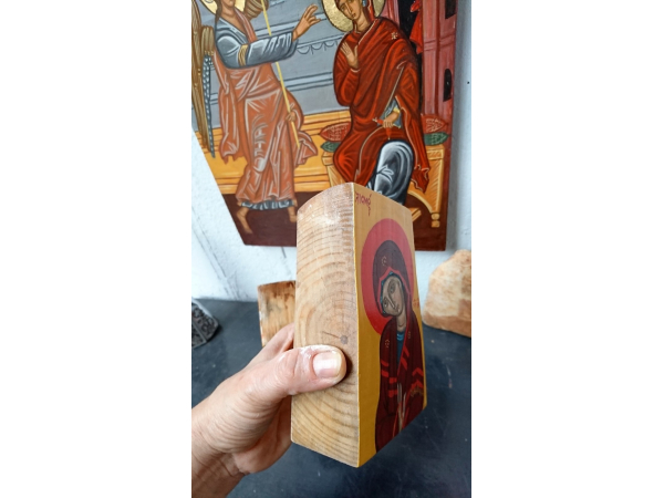 The relative size of the Mother of God Piece