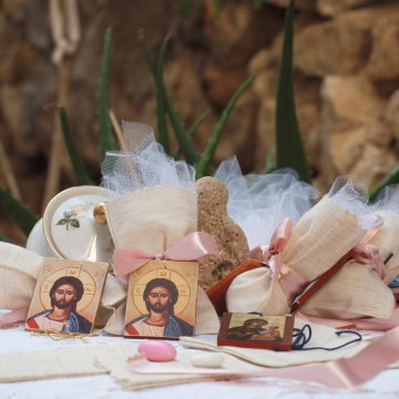 Christening favors with Christ's icon