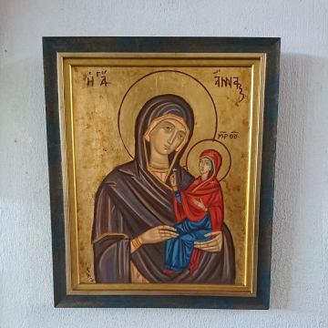 St Anna holding the little Theotokos Maria