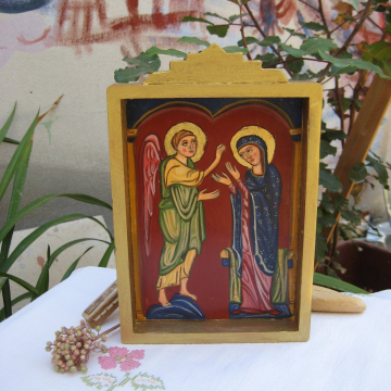 Annunciation to the Blessed Virgin Mary nicho Folk painting Holy Mother and Archangel Gabriel- shadow box Madonna Retablo