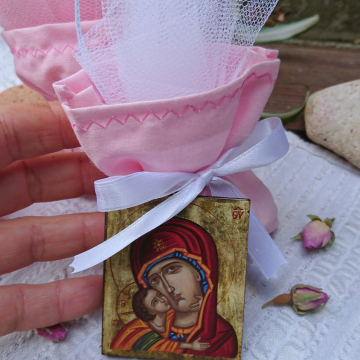 Baby girl Bomboniere orthodox baptism icon gift Holy mother and child icon favor in tulle and confetti guest gift in pink