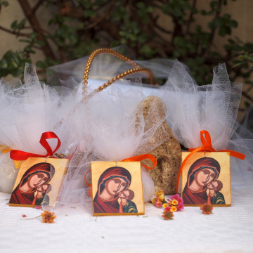 Tulle and icon favor Bomboniere 10 pcs- sugar covered almonds or koufeta pouch, car charm, amulet, greek boubouniera with jordan almonds, guest gift baptism christening