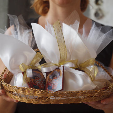 Wedding Bomboniere with golden details- Cana Wedding feast icon favors satin bag tull pouch sugar almonds- 10 pcs Greek golden bomboniera favors gift for guests